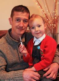 5-летняя девочка спасла своего отца
