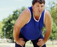 Тучные люди физически активны не больше часа в год