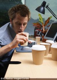 Ученые узнали у кого выше кофеиновая зависимость