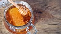 Мед – лучшее средство для домашней косметологии