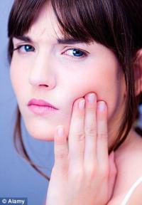 Охлаждающая маска предотвратит осложнения при удалении зуба