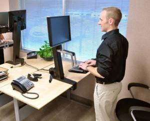 Два часа, проведенные на работе стоя, улучшат здоровье