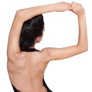 Наличие более 11 родинок на правой руке может сигнализировать о повышенном риске меланомы