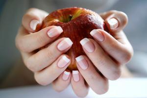 10 вещей, о которых поведает состояние ваших ногтей