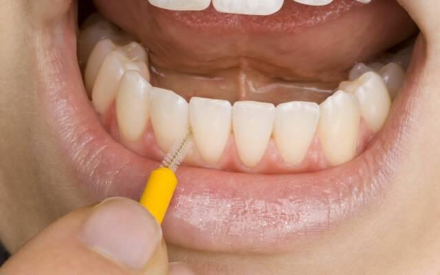 запах изо рта проблемы кишечником