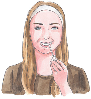 3 естественных способа отбелить зубы дома