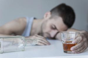 Жители Новой Англии обратились к лекарствам от алкоголизма в попытке побороть эту зависимость