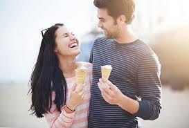 Наука смеха: почему мы смеемся и почему нас привлекают люди, которые могут нас рассмешить