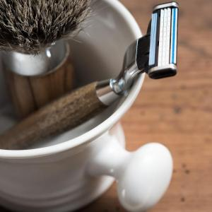 8 вещей, которые НЕЛЬЗЯ хранить в ванной