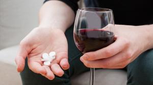 Алкоголь и антибиотики – насколько это плохо?