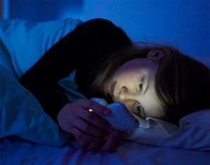 Занятие ЭТИМ перед сном может временно лишить вас зрения