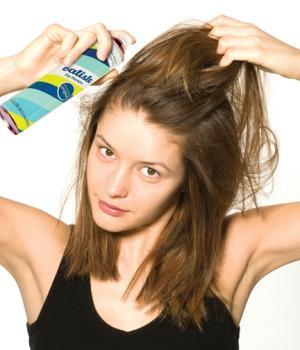 Разрушает ли сухой шампунь Ваши волосы? Вот, что мы узнали…