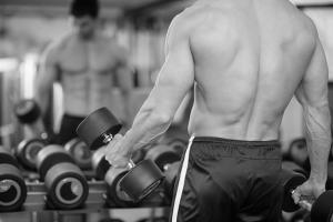 Подъем небольшого веса может быть таким же эффективным, как подъем тяжестей на пределе возможности