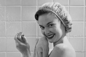 Лучшие народные средства против перхоти: мнение дерматологов