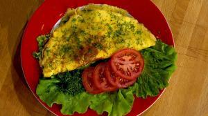 Почему пора перестать есть одни яичные белки