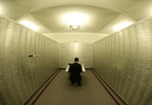 Психология хранения секрета, и почему секреты подрывают ваше благосостояние