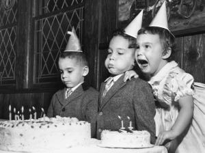 Все еще задуваете свечи на торте? Так вот, вы увеличиваете количество бактерий на нем в 14 раз