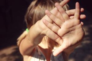 Новый взгляд на то, как аутизм влияет на девочек