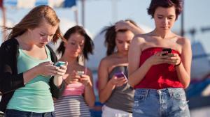 Подростки у экранов: советы родителям на поле боя с технологиями. Часть 1