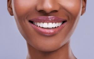 Врачи научились регенерировать зубы. Вместо сверления!