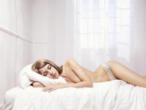 Женщины с анорексией спят по 20 часов в день, чтобы не есть. Зачем?!
