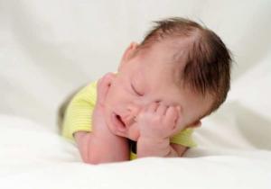 Коньюктивит у младенцев до 12 месяцев