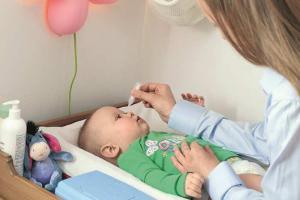 Симптомы конъюнктивита у новорожденных детей