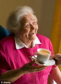 Чай защитит зубы от кариеса и парадонтита