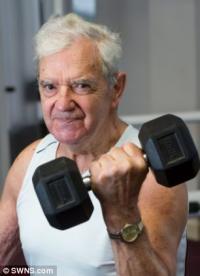 90-летний британец поделился секретом здоровой старости