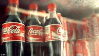 Медики просят писать на бутылках с газировкой о ее вреде