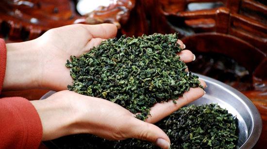 Полезен ли зеленый чай на самом деле?